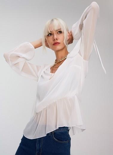 People By Fabrika Yakası Bağlamalı Bluz Beyaz